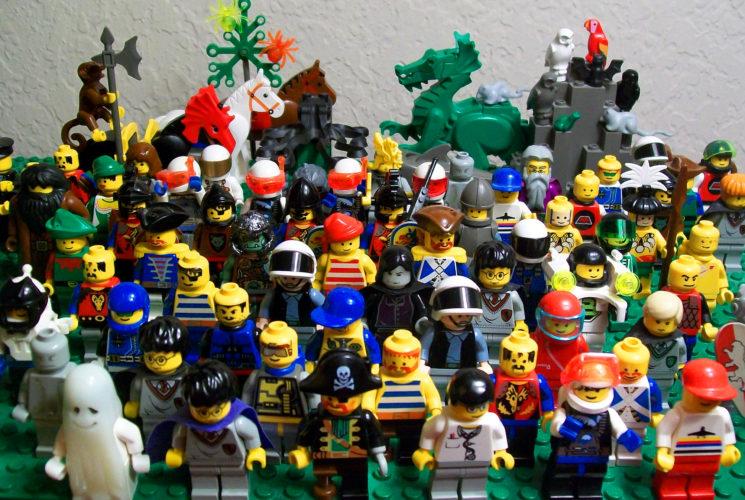Lego-people-lego
